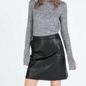 Zara Faux Black Leather Mini Skirt Sz L